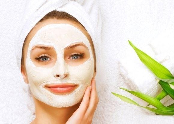 ماسک صورت چیست و چه تأثیراتی بر پوست دارد؟
